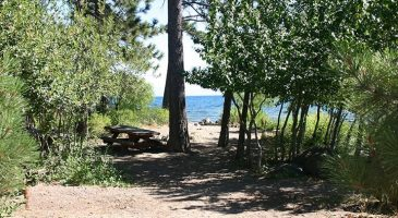 Coon Street Picnic Area and Beach