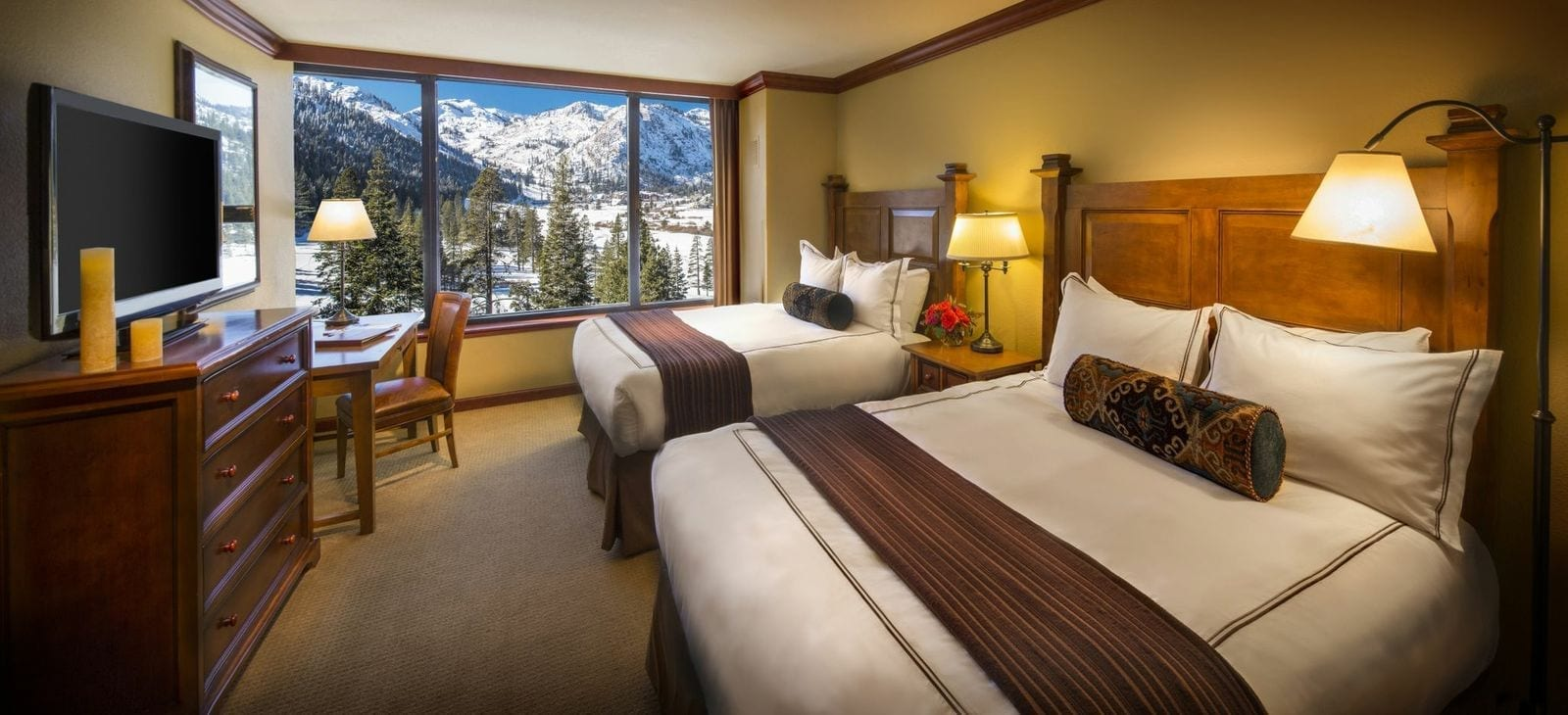 meadow creek chat rooms Description the silverton raises the bar on town home living it's just like its  cousin the idledale, only bigger in every room it has two large, equal-sized.