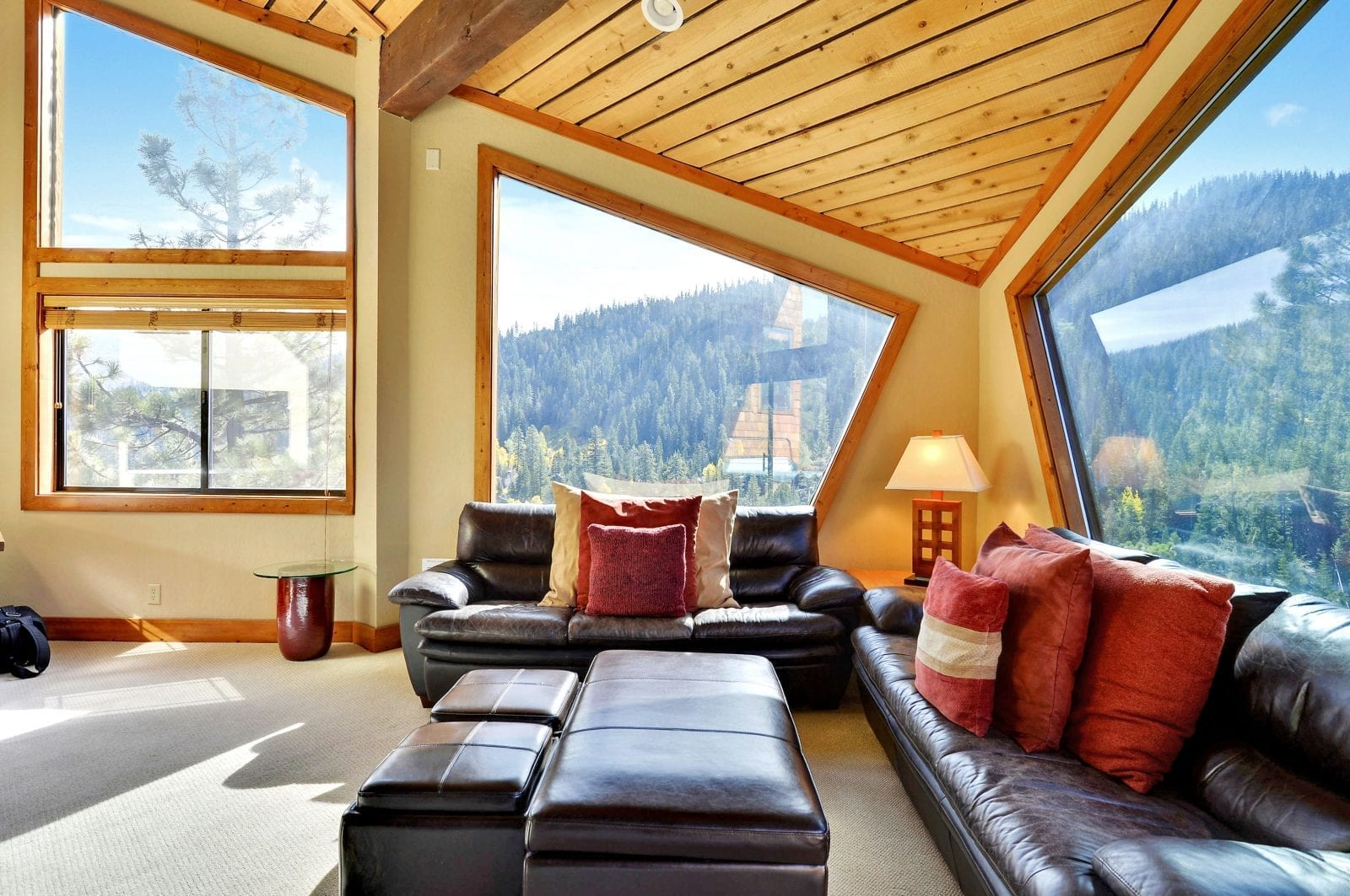 Tahoe Vacation Rentals - Go Tahoe North