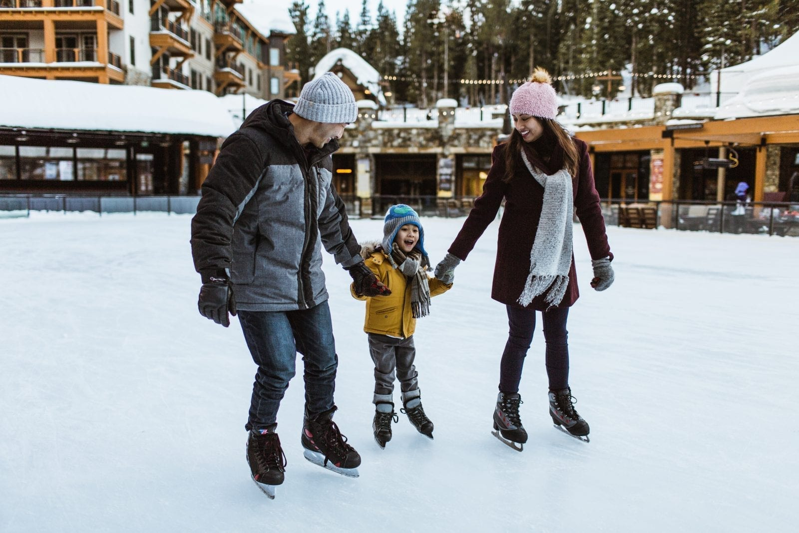 Enjoy these amazing North Lake Tahoe resorts!