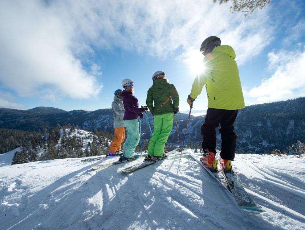 Group Skiing Palisades Tahoe